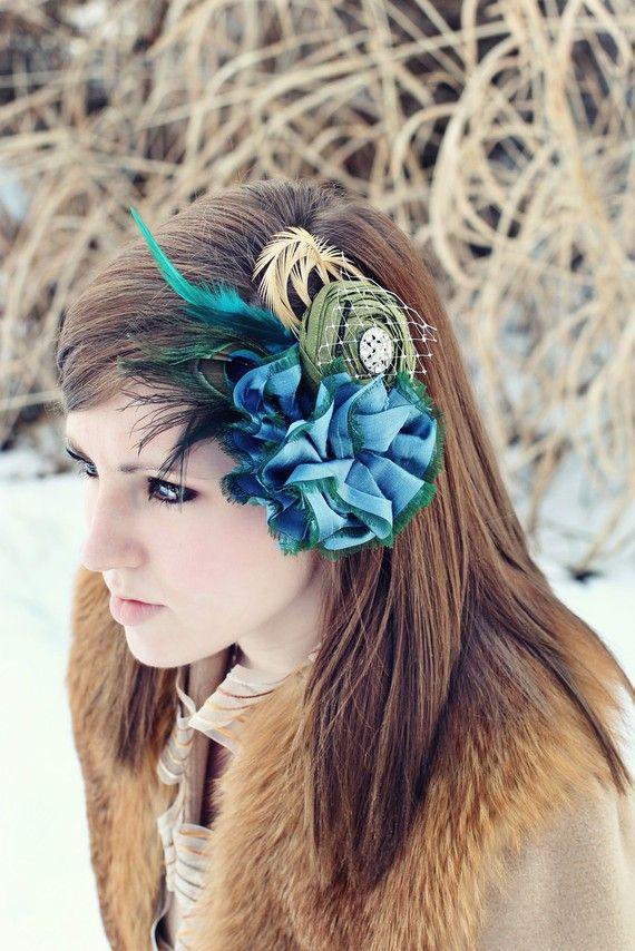 fascinatorPeacock Feathers, Ideas, Feathers Wedding Hair, Hats Hair, Hair Accessories, Fascinators, Feathers Weddinghair, Peacocks Feathers, Feathers Wedding'S Hair