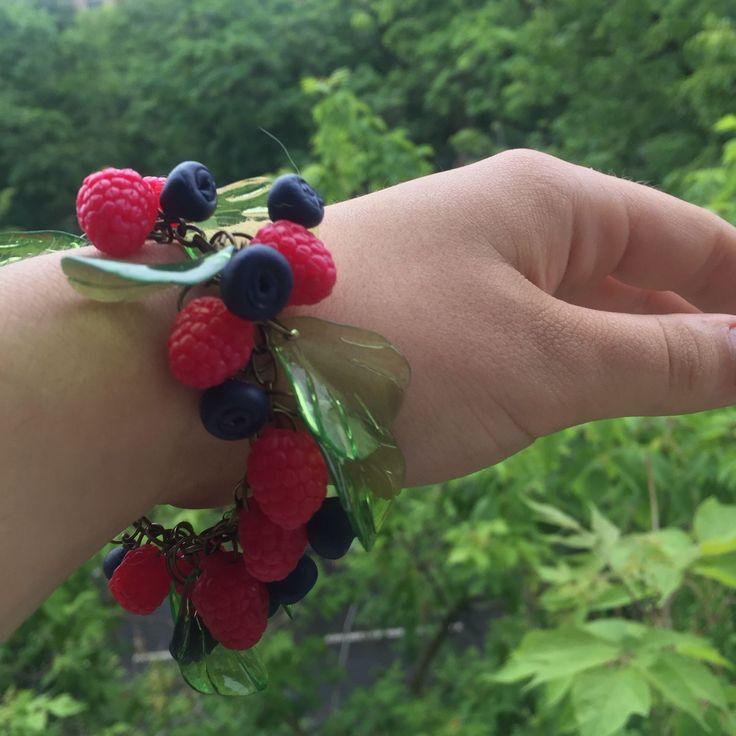 Купить Браслет ''Малиновое лето'' - боаслет, браслет с ягодами, купить, купить подарок, купить браслет