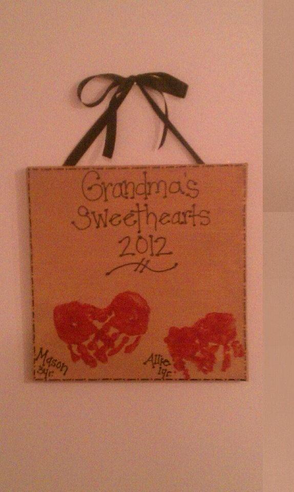 grandma heartprintsCrafts Ideas, Baby'S Kids, Bday Gift, Crafty Gift, Baby Ideas, 50Th Anniversaries, Fun Ideas, Crafts Time, Crafty Ideas