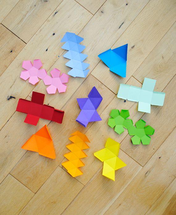 Platonic solids garlandPaper Garlands, 3D Shape, Platonic Solid, Printables Templates, Diy Crafts, Rainbows Colors, Geometric Shapes, Favors Boxes, Teaching Shape