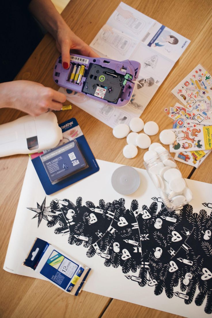 die besten 25 kinder etiketten ideen auf pinterest malen farbkarten farbdiagramm und farbige. Black Bedroom Furniture Sets. Home Design Ideas