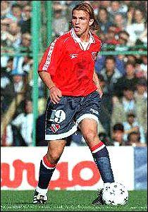 Esteban Cambiasso - Club Atletico Independiente