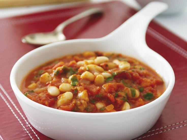 Weiße Bohnen mit Tomatensauce - smarter - Zeit: 25 Min. | eatsmarter.de