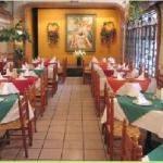 La Fonda del Recuerdo, the oldest restaurant in Mexico City. Dates to the mid 1800's. Have the best Chiles en Nogada al year round.