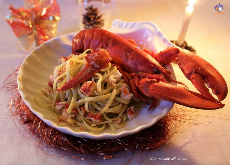 Le linguine all'astice sono un primo piatto ideale da servire durante le Feste e occasioni speciali, è veloce da preparare e vi garantirà un gran successo.