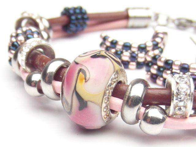 komplet biżuterii, bransoletka oraz kolczyki, róż brąz granat, cyrkonie, koraliki beads i toho, stal chirurgiczna antyalergiczna, rzemyki skóra naturalna