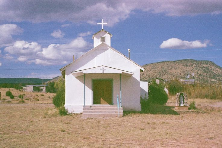 98 best churches with white stucco images on pinterest for Mission stucco