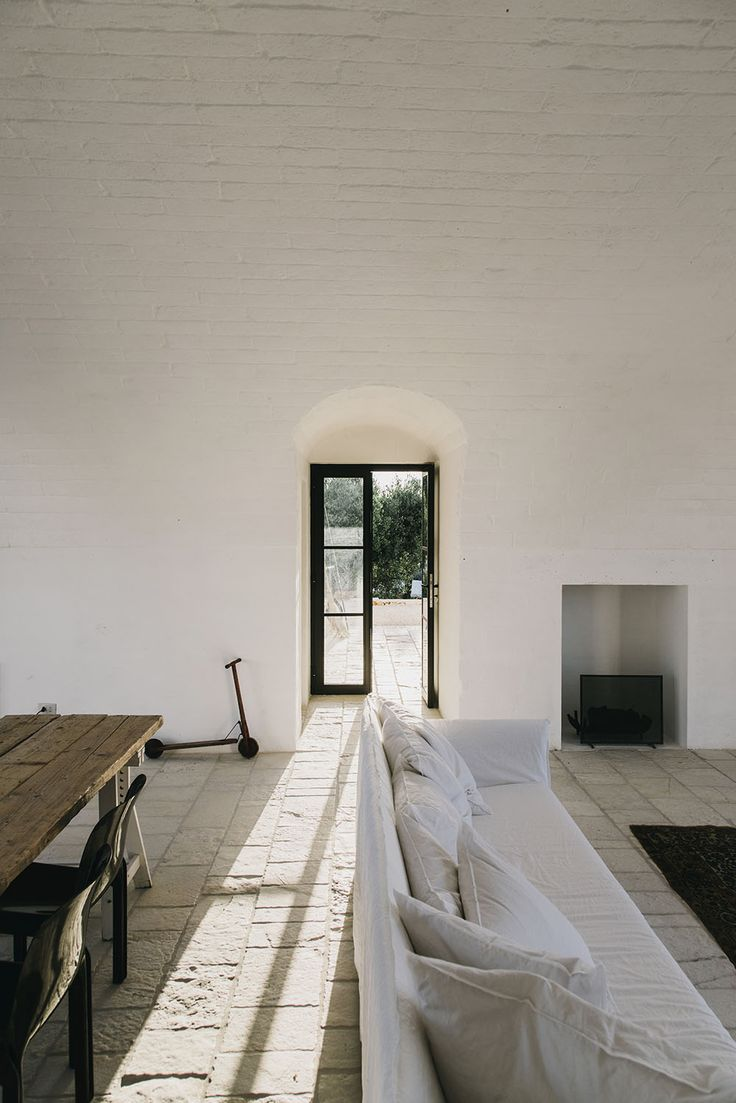ExploringMasseria Moroseta, a new bed and breakfast set in the hills of the Italian countryside, in Puglia, by Barcelona-based…