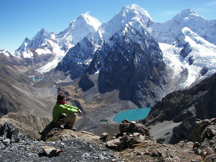 http://starperudestinos.com/wp-content/uploads/2011/12/trekking.jpg