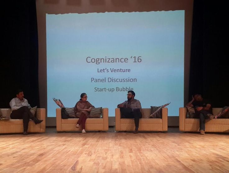 It's Day 2 at Cognizance 2016 IIT Roorkeeand it's just 'Starting-Up' - http://thehawkindia.com/news/its-day-2-at-cognizance-2016-iit-roorkeeand-its-just-starting-up/