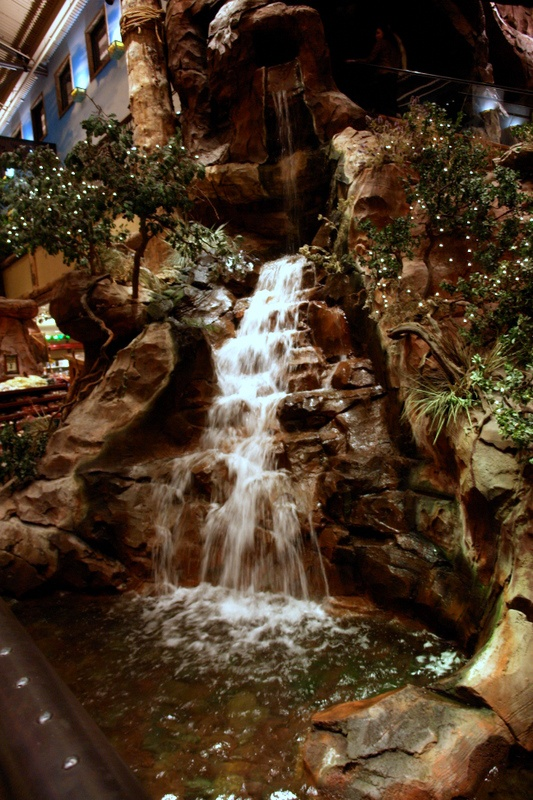 indoor waterfall, yes please