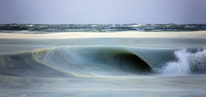 Замёрзшие волны у берегов острова Нантакет - http://pixel.in.ua/archives/12137