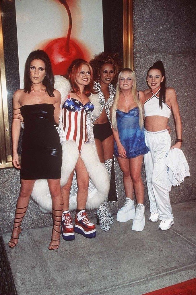 25+ best ideas about 90s Costume on Pinterest | Clueless ...