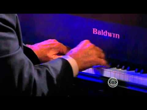 """Charles Osgood performs """"I'll be Home for Christmas"""" - YouTube"""