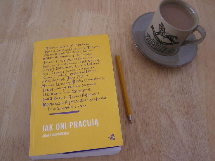 Coś pięknego! Oto przeczytałam książkę, wywiady Agaty Napiórskiej z twórcami i wyszło mi, że po stokroć mam rację. Nie ma lekko, oj nie ma. Kreatywność, rozwój, to nie są te wartości, które mają ty…