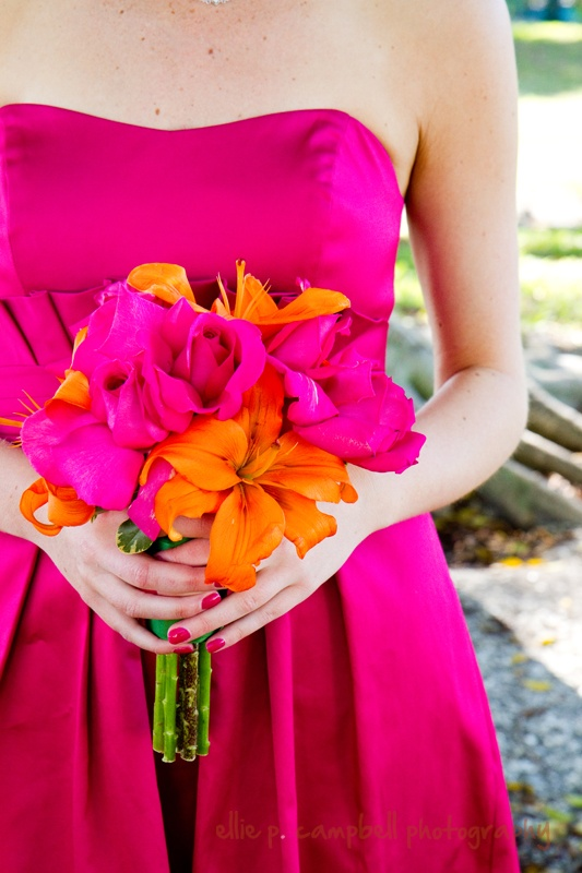 Bridesmaids bouquet of Hot pink, (ravel) roses and orange Lilies: Bridesmaids Bouquets, Hot Pink Roses, Bridesmaid Duty, Pink Weddings, Bridesmaid Colors, Ceri Pink, Bridesmaid Bouquets, Flower, Colors Inspiration