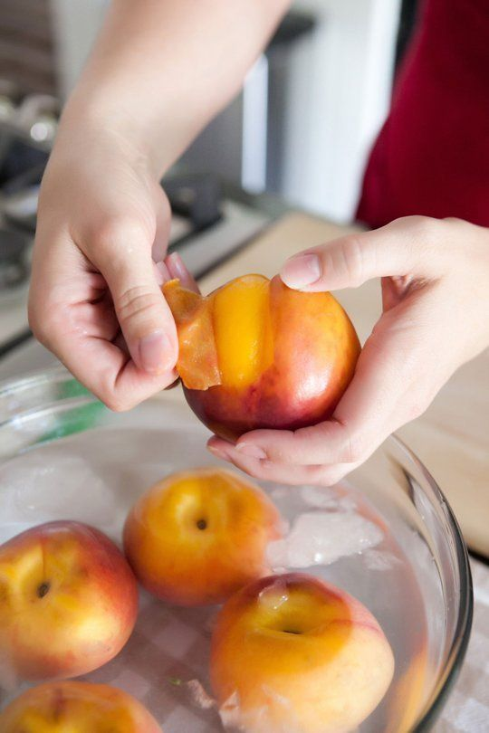 How To Easily Peel Peaches Without a Knife — Cooking Lessons from The Kitchn