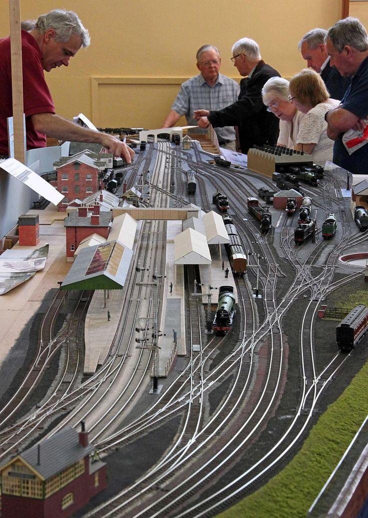 Grantham Rail Show 2015-09-12 IMG_3790adj.jpg