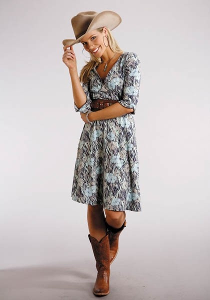 Ever since the Brad Paisley concert, I've had my sights set on a cowgirl dress I could wear with my cowgirl boots. $46.95