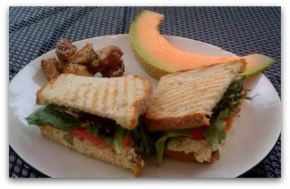 Leaping Lizards Cafe Chicken Salad Recipe