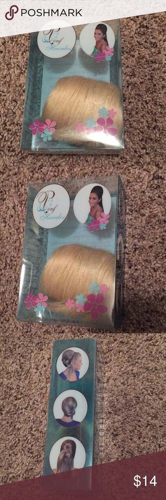 Blonde comb in pouff hair extension Easy and cute blond comb in pouf hair extension  New in box Accessories Hair Accessories