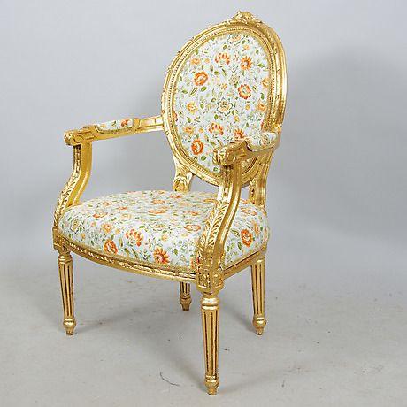 KARMSTOL, förgylld, gustaviansk stil, sent 1900-tal. Möbler - Fåtöljer & Stolar – Auctionet
