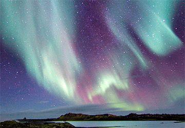 Resor till Island, Islandsresor från Vulkan Resor, specialanpassad med norrsken, glaciärklättring, dykning m.m.