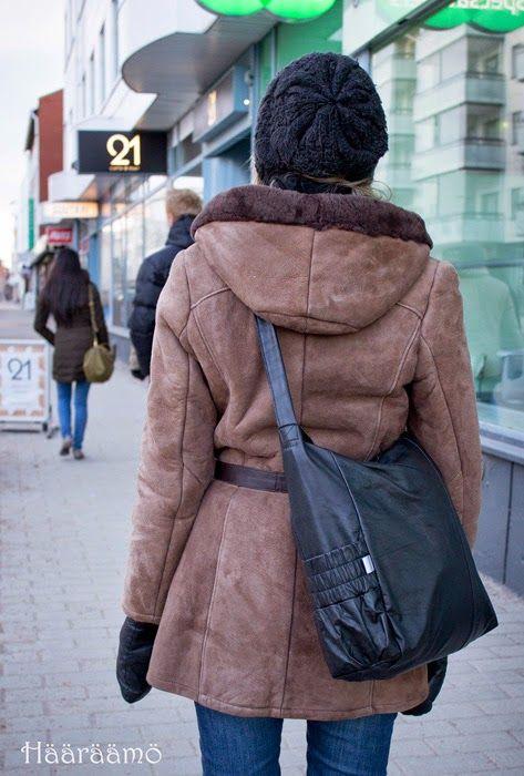 Laukku nahkatakista http://www.haaraamo.fi