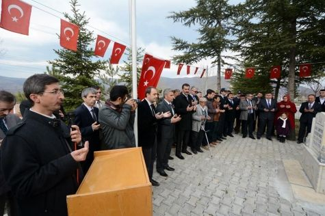 Şampiyonlar Şampiyonu Hüseyin Akbaş'ın 25. Ölüm Yıldönümü http://www.tokatta.com/173-Sampiyonlar-Sampiyonu-Huseyin-Akbas-in-25-Olum-Yildonumu.html