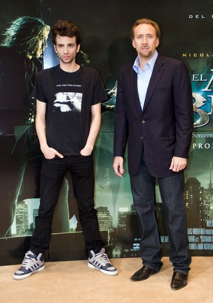 Jay Baruchel wore Joy Division Love Will Tear Us Apart T-Shirt at the movie premiere of The Sorcerer's Apprentice