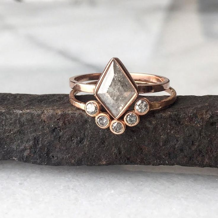 geometric ice diamonds in rose gold  ::  Alexis Russell