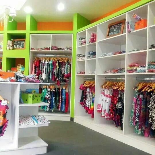 17 best images about tienda de regalos y globos on for Decoracion de interiores locales de ropa