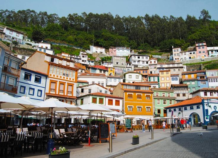 El precioso pueblo de Cudillero en #Asturias #Spain