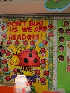 Use this for a bullentin board and have the kids list their favorite books throughout the year...