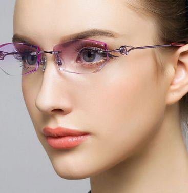 #eyeglasses# #lunettes#  www.glasseslit.com
