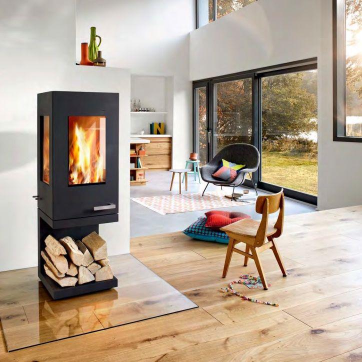 Der Kaminofen Pico von Skantherm überzeugt durch elegant durchdachtes Design, mit unverwechselbarer Form, die ihn für nahezu jedes Ambiente empfiehlt.