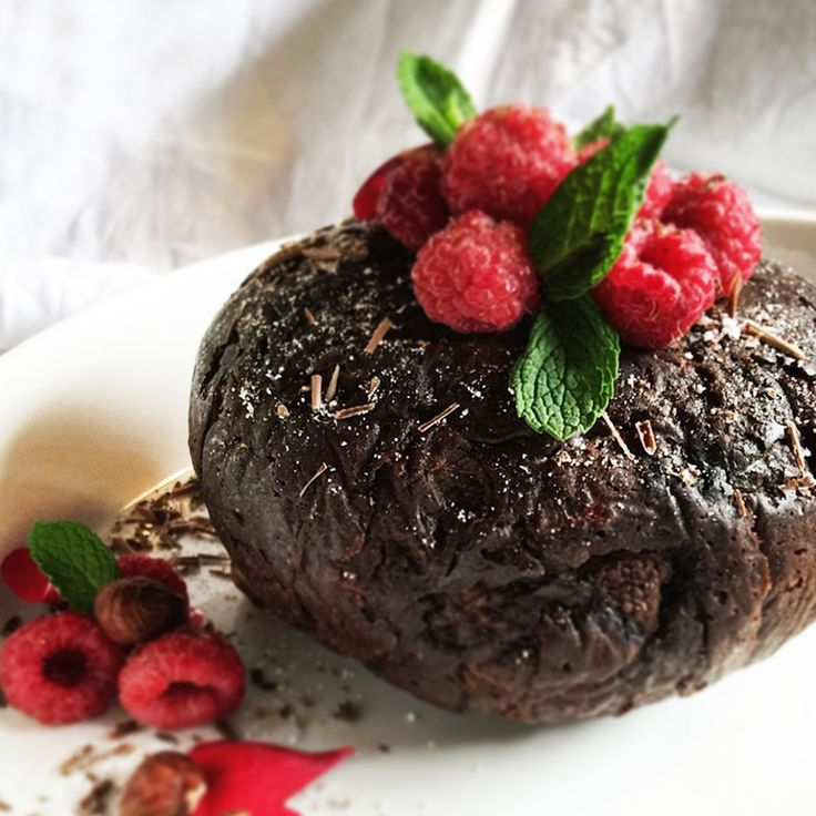PUD OFFICIAL bake a range of luxury Christmas puddings for the traditional and modern palate. Each and every pud  is handcrafted – using the most delicious recipes with the best local and Australian ingredients. www.pudofficial.com