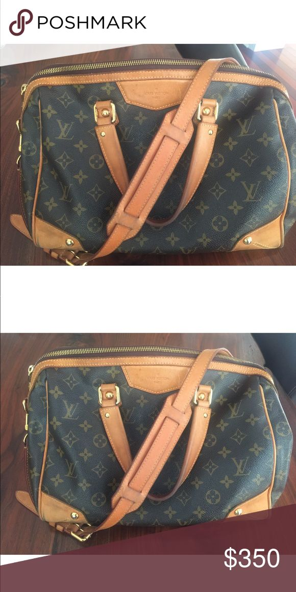 Louis Vuitton Top Handle Canvas Bag w Adjust Strap Louis Vuitton Top Handle Canvas Bag w Adjustable Strap Two inside compartments  Inside zipper compartment  Original Louis Vuitton monogram pattern Adjustable strap for crossbody and top handles Louis Vuitton Bags Shoulder Bags