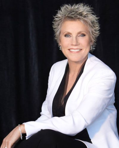 Anne Murray---Canadian icon