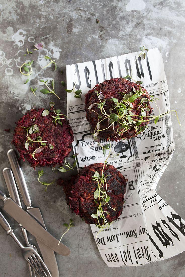 Rödbetsbiffar med bondböna: http://martha.fi/sv/radgivning/recept/view-93381-5495