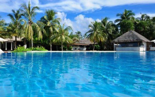 Analisi e prodotti per la pulizia delle piscine #puliziapiscine #analisiacque