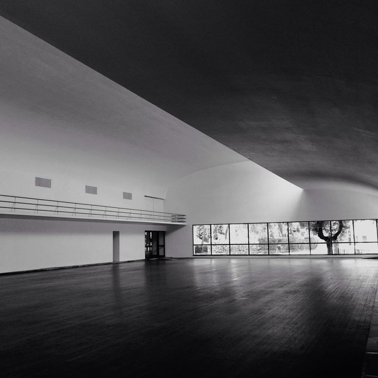 lykanthea:  Luigi Moretti's perfect Fencing Academy in Mussolini's Forum.