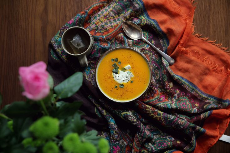 With the sudden change of weather,  we find ourselves craving warm and comforting food. This week for the Positive Project, why not cook up a large  batch of rich velvety soup or a nourishing casserole. Perfect for week day lunches, or an easy heat up dinner - sorted! We have shared one of our favourite recipes below to give you a little inspiration. We hope you enjoy!