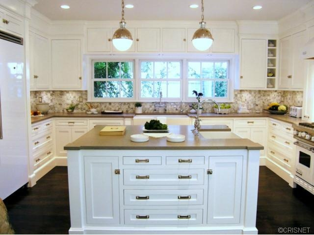 Could totally be my kitchen pinned from www for Perfect kitchen scarborough