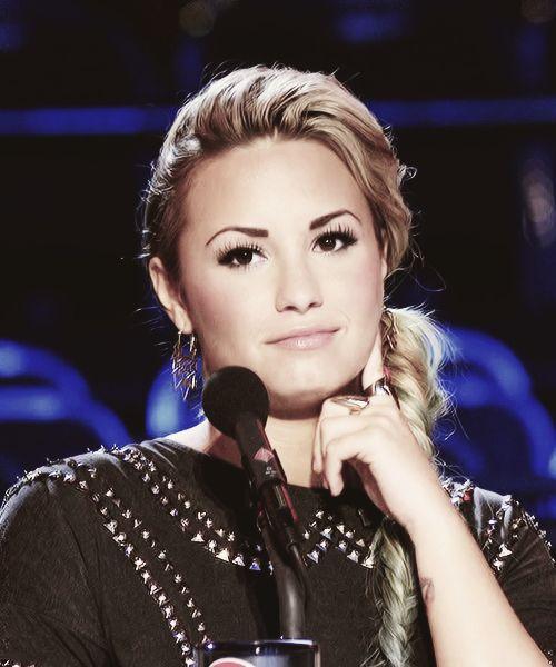 Demi Lovato Tumblr Gif 2013