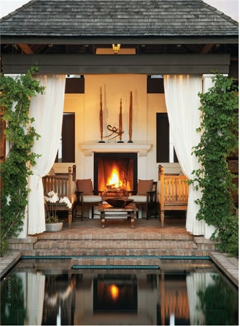 Top 10 Modern Outdoor Living Spaces