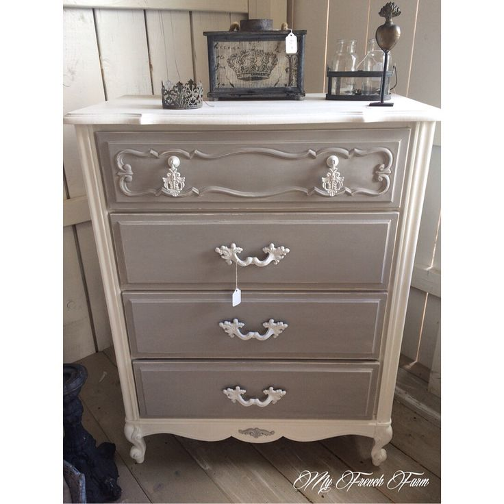 Beautiful dresser painted with Annie Sloan chalk paint in Pure White and  Paris Grey. 17 Best ideas about Chalk Paint Dresser on Pinterest   Chalk paint