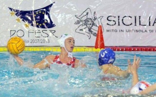 Marletta porta l'Italia in finale all'Europeo Under 19: eliminata l'Ungheria #setterosa #italia #pallanuoto #marletta