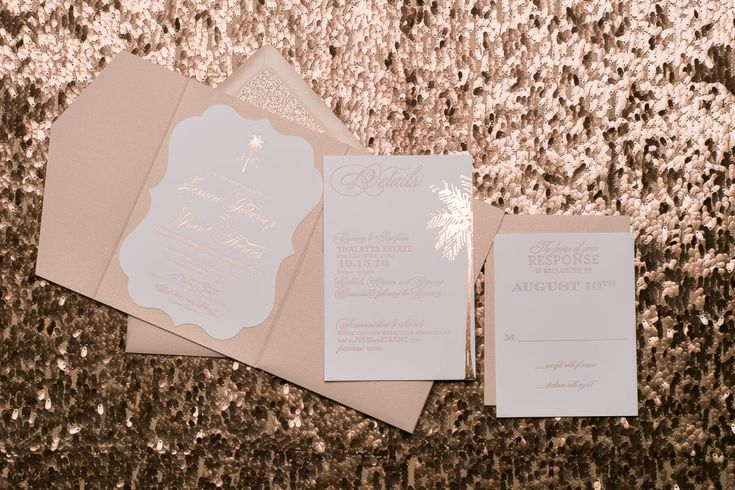 CAN THIS WEDDING INVITATION BE MORE PERFECT?! We think not! 😍 Our KONA suite is the ultimate destination wedding invitation suite, or the perfect way to announce your sunset ceremony, like Jessica and Grant. Every detail is here: rose gold foil stamping with cameo letterpress printing, rose