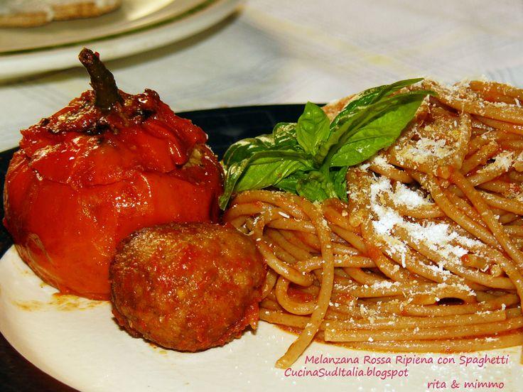Melanzana Rossa ripiena di Spaghetti - http://cucinasuditalia.blogspot.it/2012/10/melanzana-rossa-di-rotonda-ripiena-e.html